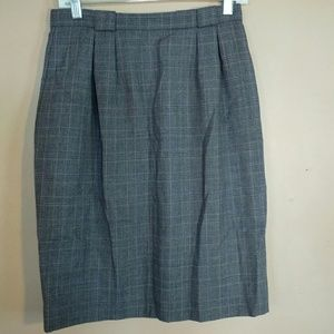 Liz Claiborne 10P Plaid Wool Pencil Skirt